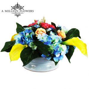 Diseño floral hortencia calas y mini rosas artificial 1