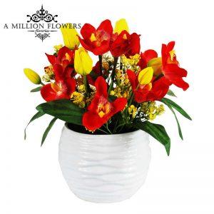 Diseño floral tulipan con orquidea artificial 1