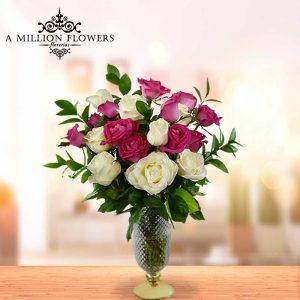 Vista frontal del Arreglo floral sinceridad con rosas
